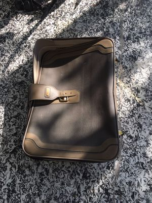 Suitcase for Sale in Spring Hill, FL