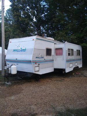 Mallard camper w/ slideout for Sale in Hamilton, MS