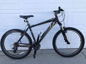Specialized Hardrock Sport in solid condition ready to ride bicycle for Sale in Los Angeles, CA