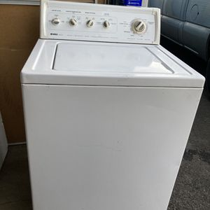 Washer for Sale in Riverside, CA