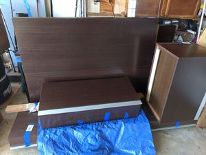 Euro Wall unit for Sale in Englishtown, NJ