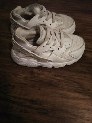 Nike gray&white shoes for Sale in Austin, TX