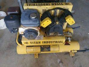 Titan gas powered compressor for Sale in Descanso, CA