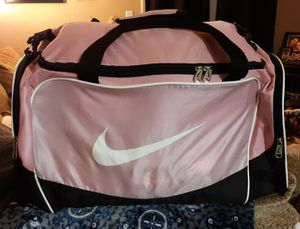 Nike duffle bag for Sale in Greenwood, IN
