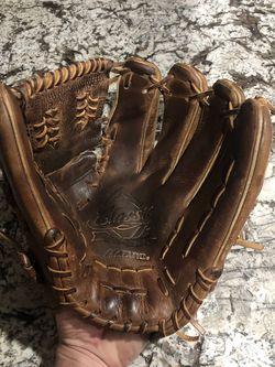 Mizuno Pro Classic Glove for Sale in Fontana,  CA