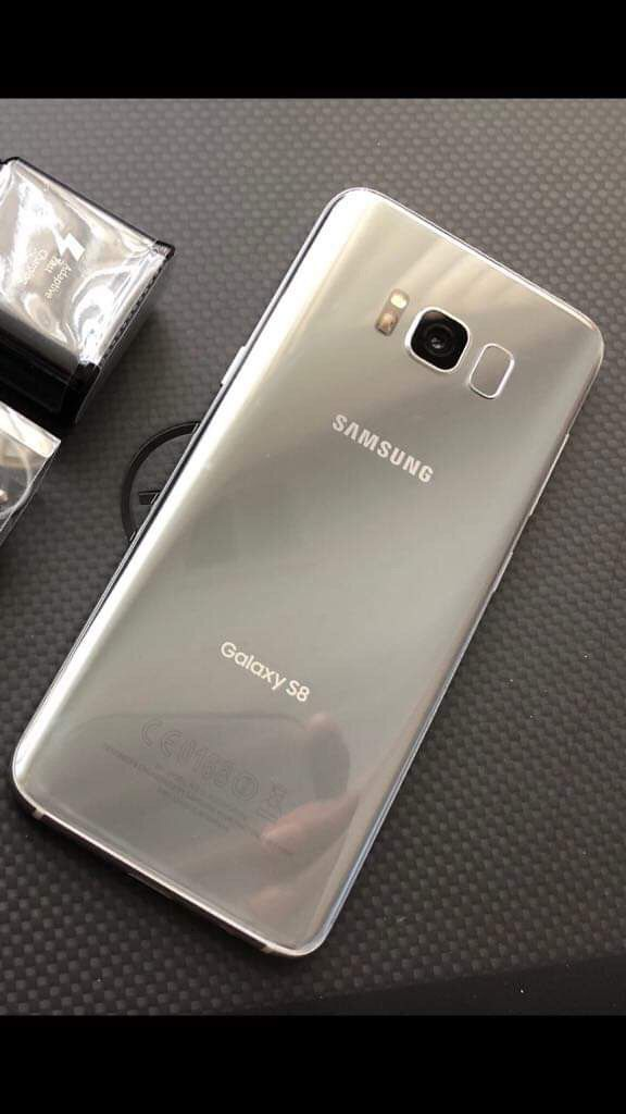 Samsung galaxy s8- just like new with accessories + clean IMEI