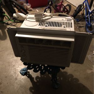 AC Window Unit $25 for Sale in Lancaster, PA