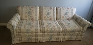 Vintage couch for Sale in Evansville, IN