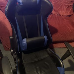 High Back Racing Style Office Gaming Chair Race Seat Computer Desk Seat with Carpet Chair Mat for Sale in Queens, NY