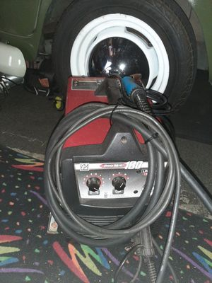 Lincoln pro mig welder 180 excellent condition price is firm no lowballers for Sale in Fontana, CA