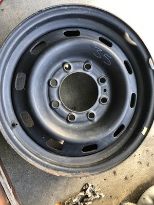 """2003-2013 Dodge Truck 2500 Size: 17"""" x 7.5"""", 8 Lug, 6.5"""" Bolt pattern for Sale in Downey, CA"""