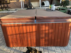 Hot Tub/Jacuzzi for sale for Sale in Los Angeles, CA