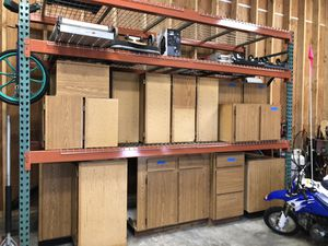 Kitchen/Garage Cabinets (16 total) for Sale in Duvall, WA