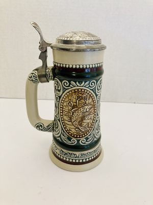 Vintage 1978 Avon Beer Stein - The Strike Rainbow Trout & At Point English Setter Dog Beer Stein for Sale in Spring Hill, FL