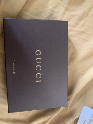 Gucci Canvas Wallet for Sale in Elizabeth, NJ