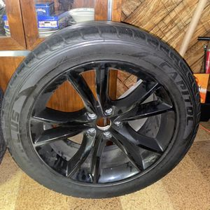 Glossy Black Dodge Rim And Tire for Sale in Silver Spring, MD