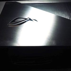 """ASUS - ROG Zephyrus G 15.6"""" Gaming Laptop - AMD Ryzen 7 - 16GB Memory - NVIDIA GeForce GTX 1660 Ti Max-Q - 512GB SSD - Metalic Hairline Black for Sale in New York, NY"""