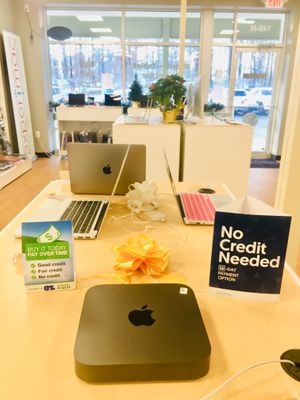 2018 Mac Mini 3.6 GHz i3 Quad Core 8GB Ram 128SSD w/ One Year Warranty - $650 (Middleton, MA) for Sale in Middleton, MA