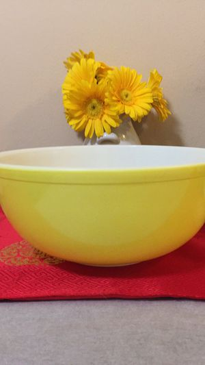 Pyrex Yellow Mixing Bowl for Sale in San Francisco, CA