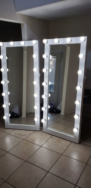 XXL Full Length Floor makeup and hair vanity mirror 30x72 for Sale in Moreno Valley, CA