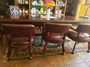 1 oak table paid over 4500 .5 kitchen tables 20 couches 20 recliners moving dale for Sale in Oklahoma City, OK