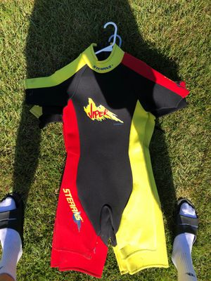 3 Sterns wet suits 50 for all (or 20 a piece) for Sale in Winneconne, WI