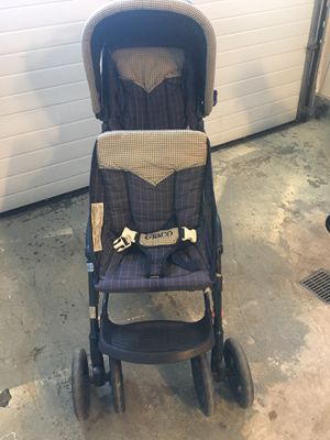 Double stroller for Sale in Pittsburgh, PA