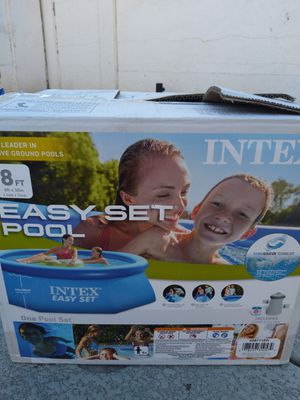POOL WITH PUMP AND FILTER 8FT X 30 INCH for Sale in Las Vegas, NV