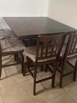 Solid Wood Kitchen Table for Sale in Anaheim,  CA