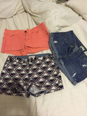 Women's size 2-7 (I'm a size 4 at Express) for Sale in Boston, MA
