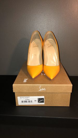 "Authentic Christian Louboutin So Kate "" Full Moon "" heels for Sale in Washington, DC"