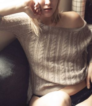 XS extra small women's khaki American Eagle tan knit sweater for Sale in Clearwater, FL