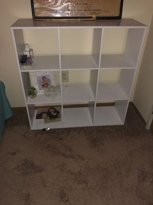 Various tables/shelves for Sale in Columbus, OH