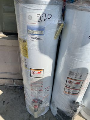 Water heater 40 galones 6 meses de garantía for Sale in Los Angeles, CA