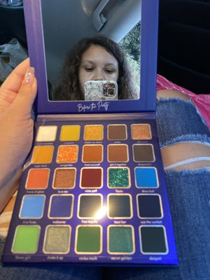 Eyeshadow palette for Sale in Chula Vista, CA