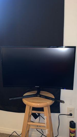 Samsung curved monitor 27 inch great for gaming brand new for Sale in Bakersfield, CA
