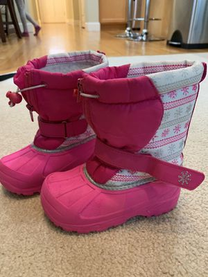 Toddler girl snow boots size 10 for Sale in Kirkland, WA