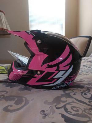 Dirt bike helmet for Sale in Menifee, CA