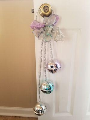 CHRISTMAS DOOR HANGER for Sale in Emerald Isle, NC