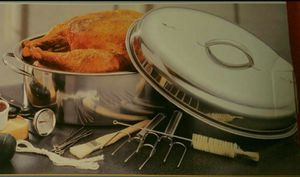 NEW STAINLESS STEEL COMPLETE ROASTER SET WITH UTENSILS INCLUDED for Sale in Lincolnwood, IL