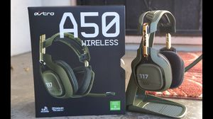 Xbox one Astros a50 halo edition wireless headset and elite controller for Sale in Dallas, TX