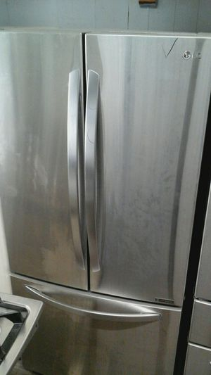 LG refrigerator for Sale in Chicago, IL