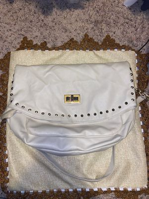 Spacious Beige Crossbody Bag! for Sale in Fort Mill, SC