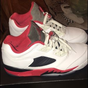 Fire red 5s size 13 retro Jordan's for Sale in Bethel Park, PA