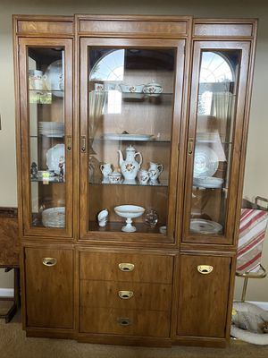Drexel china cabinet for Sale in Shelby Charter Township, MI