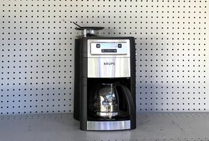COFFEE MACHINE + GRINDER KRUPS for Sale in South Gate, CA