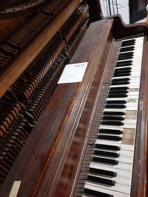 Antique piano as is. for Sale in Fort Washington, MD