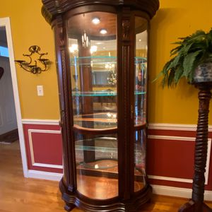 Mahogany China Cabinet for Sale in Germantown, MD