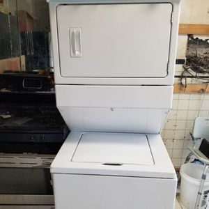 """27"""" Washer/dryer Stackable for Sale in Philadelphia, PA"""