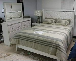 Best DEAL 🍺🍾  FREE Delivery  👍 [SPECIAL] Dreamur shampagne Panel Bedroom Set 279 for Sale in Houston, TX